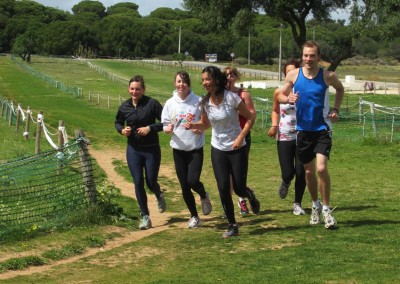 Gemeinsames Training auf dem Crosscountry-Track