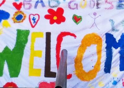 Gibt es ein schöneres Welcome als aus Kinderhänden ?